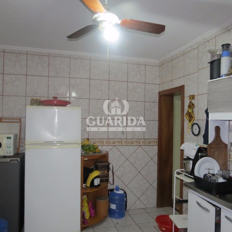 Casa de 2 dormitórios à venda em Azenha, Porto Alegre - RS