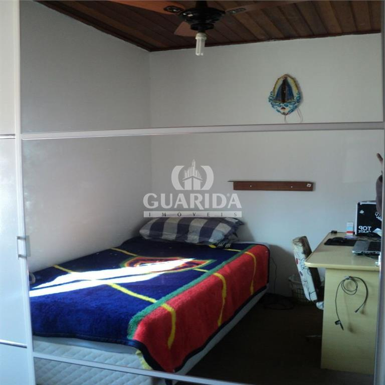 Casa de 2 dormitórios à venda em Cavalhada, Porto Alegre - RS