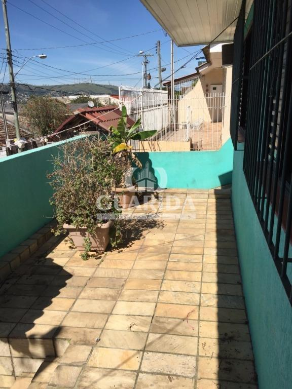 Casa de 2 dormitórios à venda em Jardim Carvalho, Porto Alegre - RS