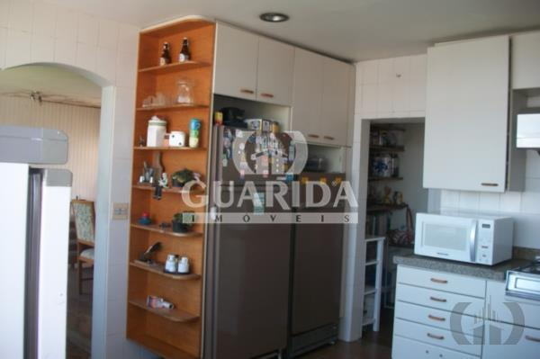Casa de 4 dormitórios à venda em Rio Branco, Porto Alegre - RS