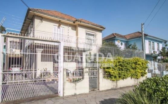 Sobrado de 4 dormitórios à venda em Menino Deus, Porto Alegre - RS
