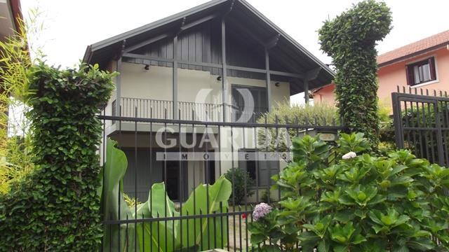 Casa de 3 dormitórios à venda em Avenida Central, Gramado - RS