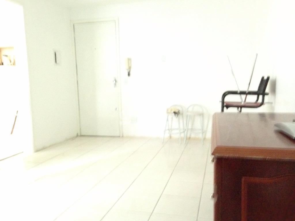 Apartamento de 1 dormitório à venda em Azenha, Porto Alegre - RS