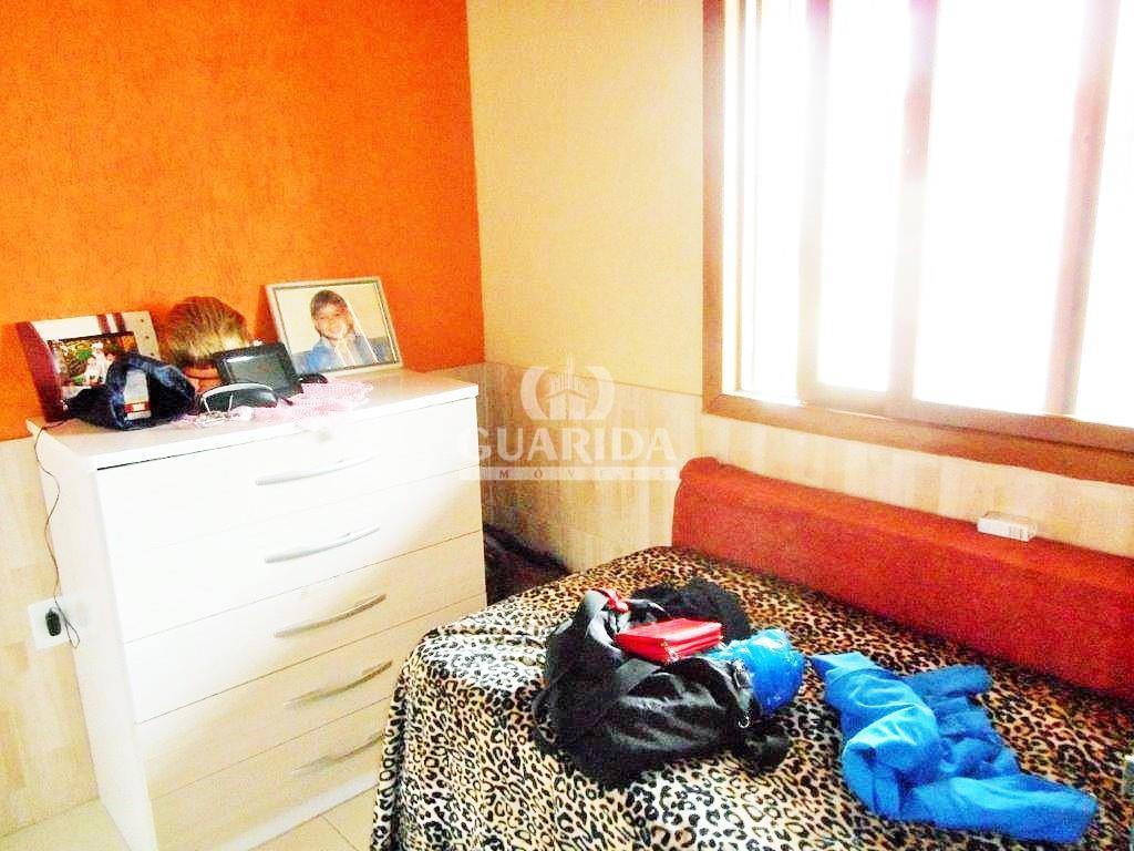Casa de 2 dormitórios à venda em Passo Das Pedras, Porto Alegre - RS